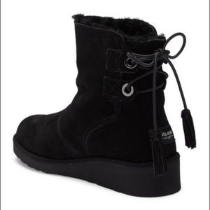 afe334c9be6 NWT Women's black Koolaburra Ugg Lomia boots NWT